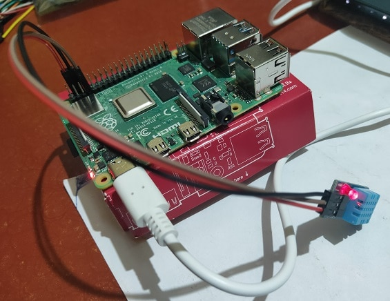Connecting DHT11 Sensor with Raspberry Pi 4 using Python